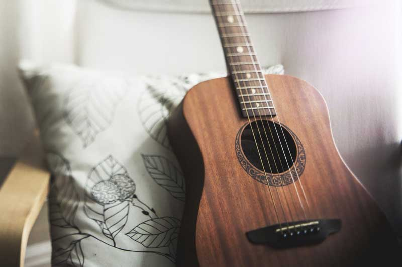 Acoustic Guitar Lessons - Go West Music